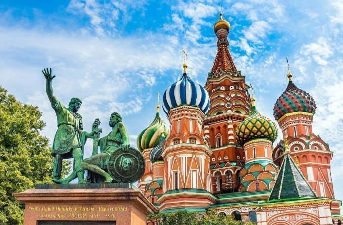 An iconic church. Tour to the St Basil's Cathedral
