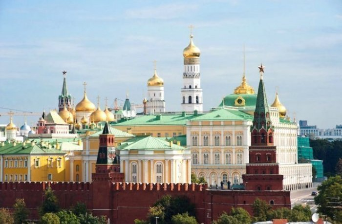 Moscow Kremlin Tour. Inside the Kremlin and its Cathedrals